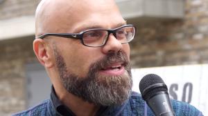 Bart Krieger, auteur van Surinaamse kunstschatten